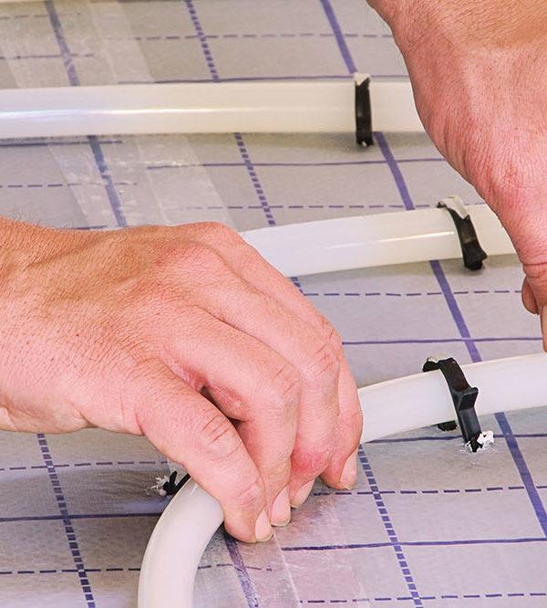 Taker montażowy klipsów do podłogówki